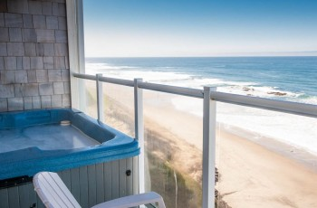 Oceanfront Condos w/ Hot Tubs - Pacific Winds
