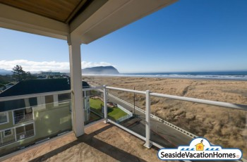 Seaview Penthouse - Oceanfront on the Prom