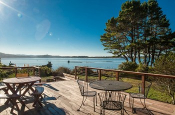 Heron House - Siletz Bayfront, Pet Friendly