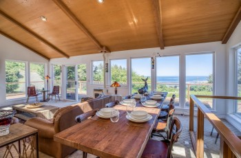 Whale Watch Lookout - New Listing! Hot Tub